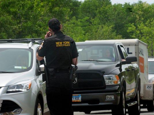 AP ESCAPED PRISONERS A USA NY