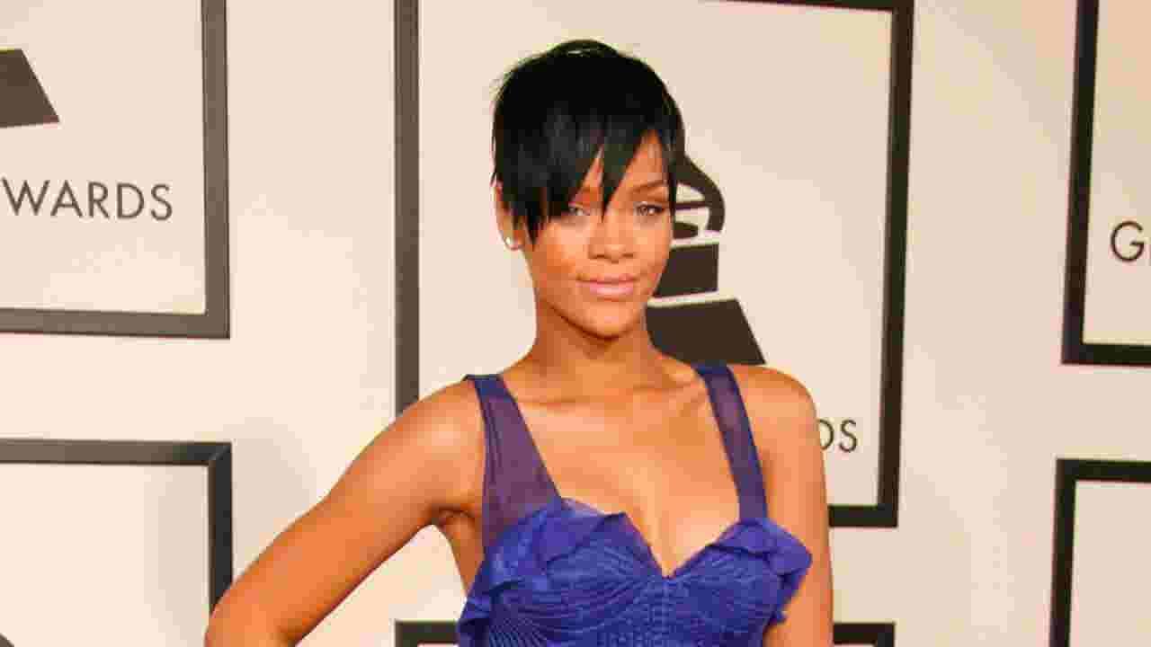 034b7599ea2 Rihanna named Harvard s Humanitarian of the Year