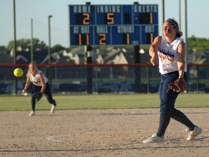 Pictures from the Harrison versus Hamilton Southeastern softball regionals