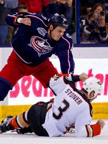 Jared Boll fight Clayton Stoner, who challenged him