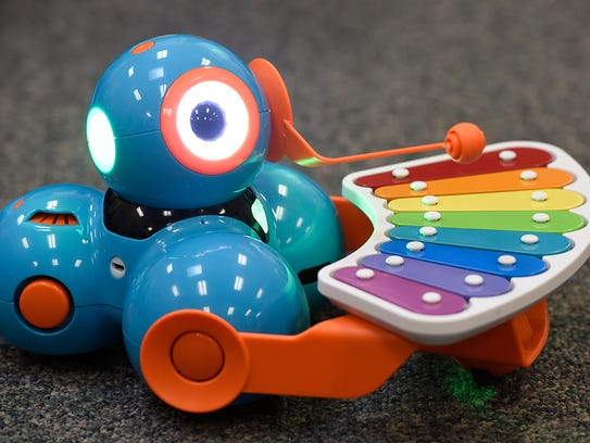 Robot Dash in use Thursday for a music class at Talahi