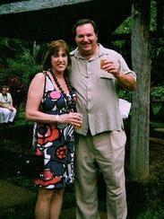 Jane and Bob Bashara in Hawaii in 2011.
