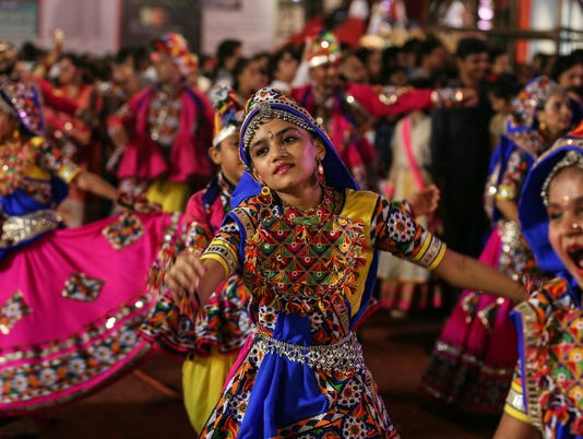EPA INDIA NAVRATRI FESTIVAL REL BELIEF (FAITH) IND MA