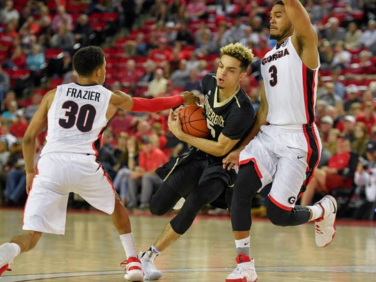 Vanderbilt Commodores guard Matthew Fisher-Davis (5)