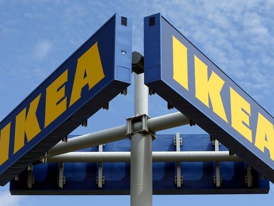 636468531080771609-AP-Ikea-Recalls-Dressers-NYB-1-.jpg