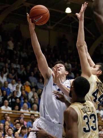 Duke Blue Devils guard Grayson Allen (3) drives against