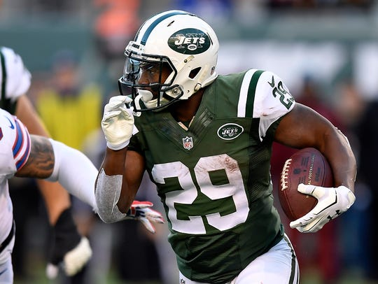Jets running back Bilal Powell (29) had 22 carries