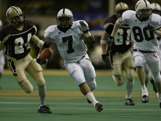 Valleys' Jason Scales, shown here in a 2003 game, was a dynamic running back.