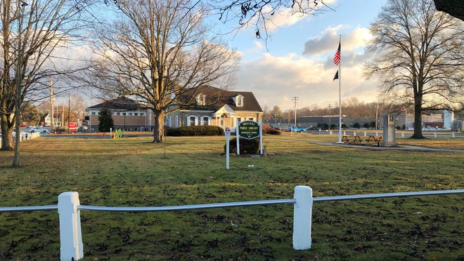 Borden Park and the Wallkilll Public Library at the heart of the hamlet of Wallkill in the Town of Shawangunk. A new town master plan envisions the hamlet as a family-friendly center of the town.