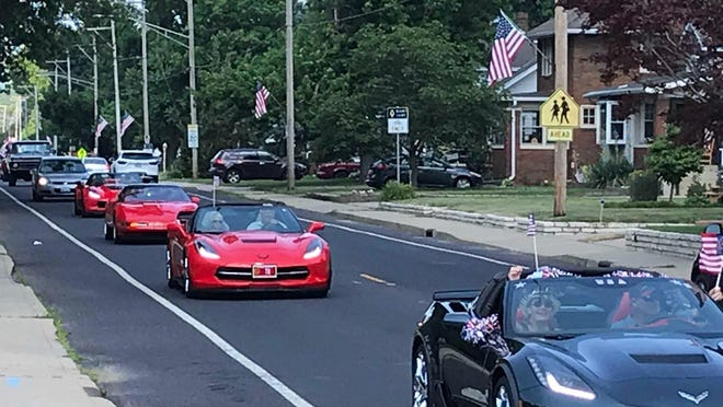 With the  West Peoria Fourth of July Parade canceled this year, the Illinois Valley Antique Automobile Club (a longtime a parade participant) stepped in to offer an informal promenade through the city on Saturday, July 4, 2020.