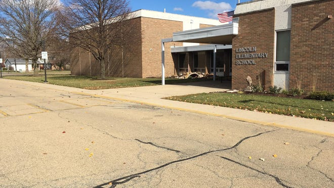 Aging pavement and lighting issues in the drop-off drive at Lincoln Elementary School in Morton will be addressed next summer.