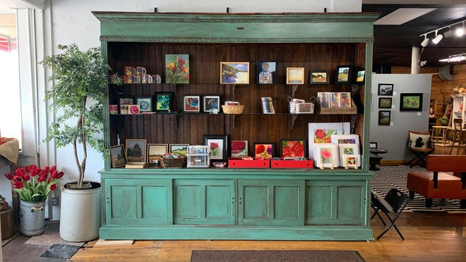 The former Pereddies storefront at 447 Washington Ave. is now an art gallery named Galleria. The business, owned by Pamela and Sacha Ratti, will host an open house Nov. 13-14.