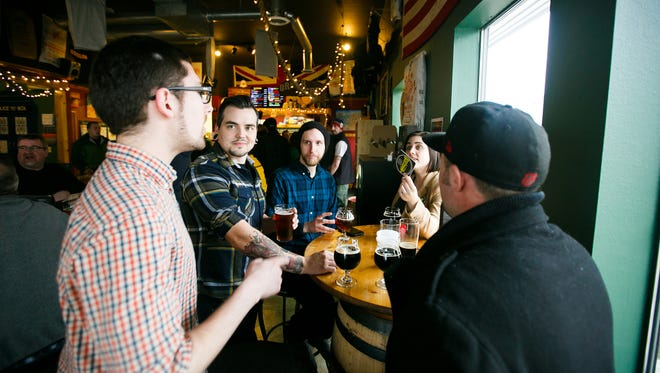 Santiam Brewing Company does trivia every Wednesday.