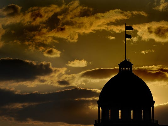 636308681731882340-Alabama-State-Capitol-silhouette.jpg