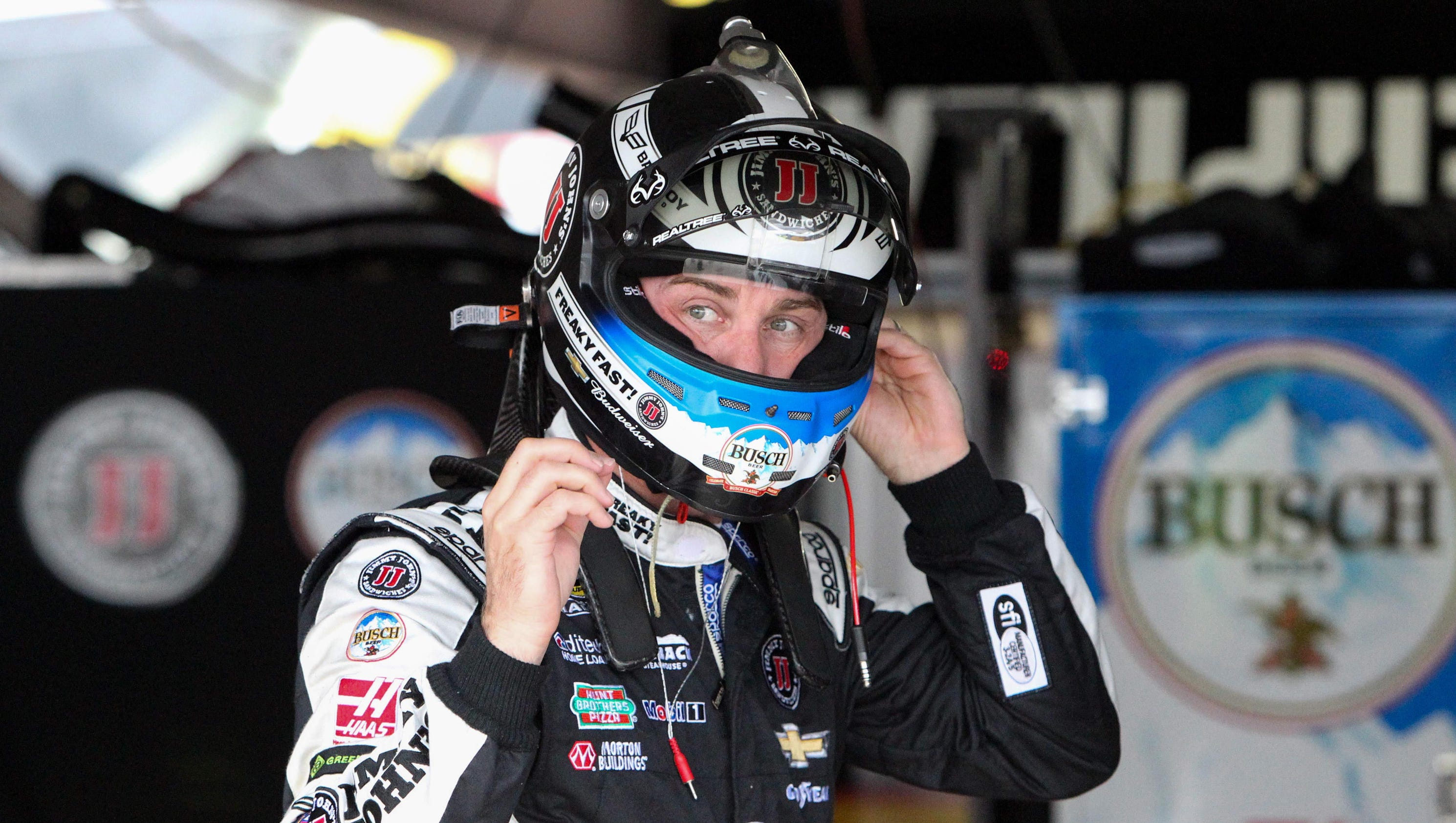Kevin Harvick on pole, Dover qualifying washed out
