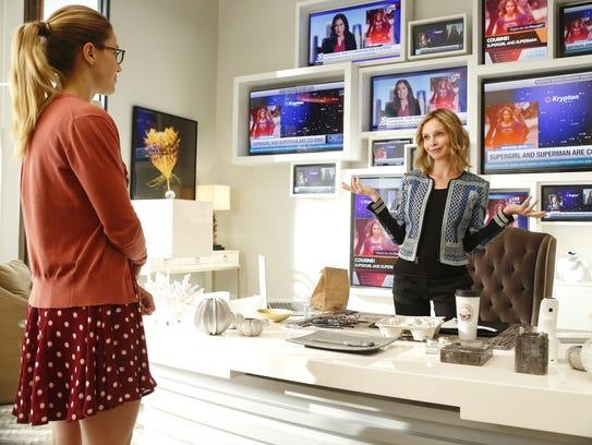 Kara Danvers (Melissa Benoist), aka Supergirl, left,