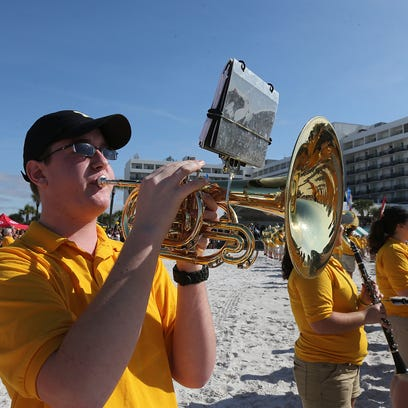 Iowa will meet Florida in Outback Bowl