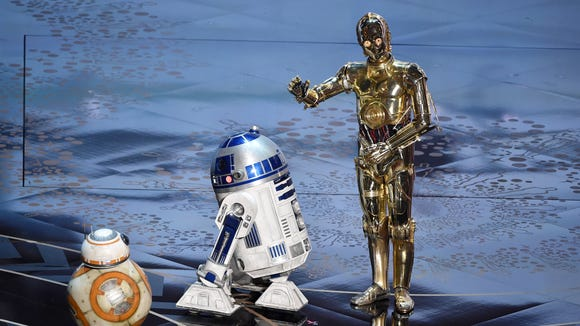 BB-8, R2-D2 and C-3PO from 'Star Wars' appear onstage