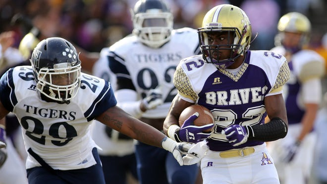 Darryan Ragsdale, pictured against Jackson State last year, will look to make up for a two-fumble game against Grambling when the Braves face Southern.