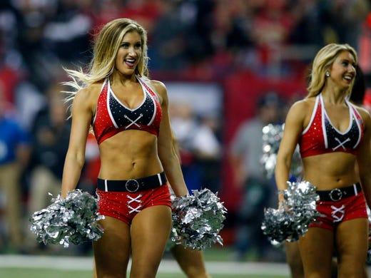 ab47b6e6b Oakland Raiders cheerleaders  Payment on  1.25 million class-action ...