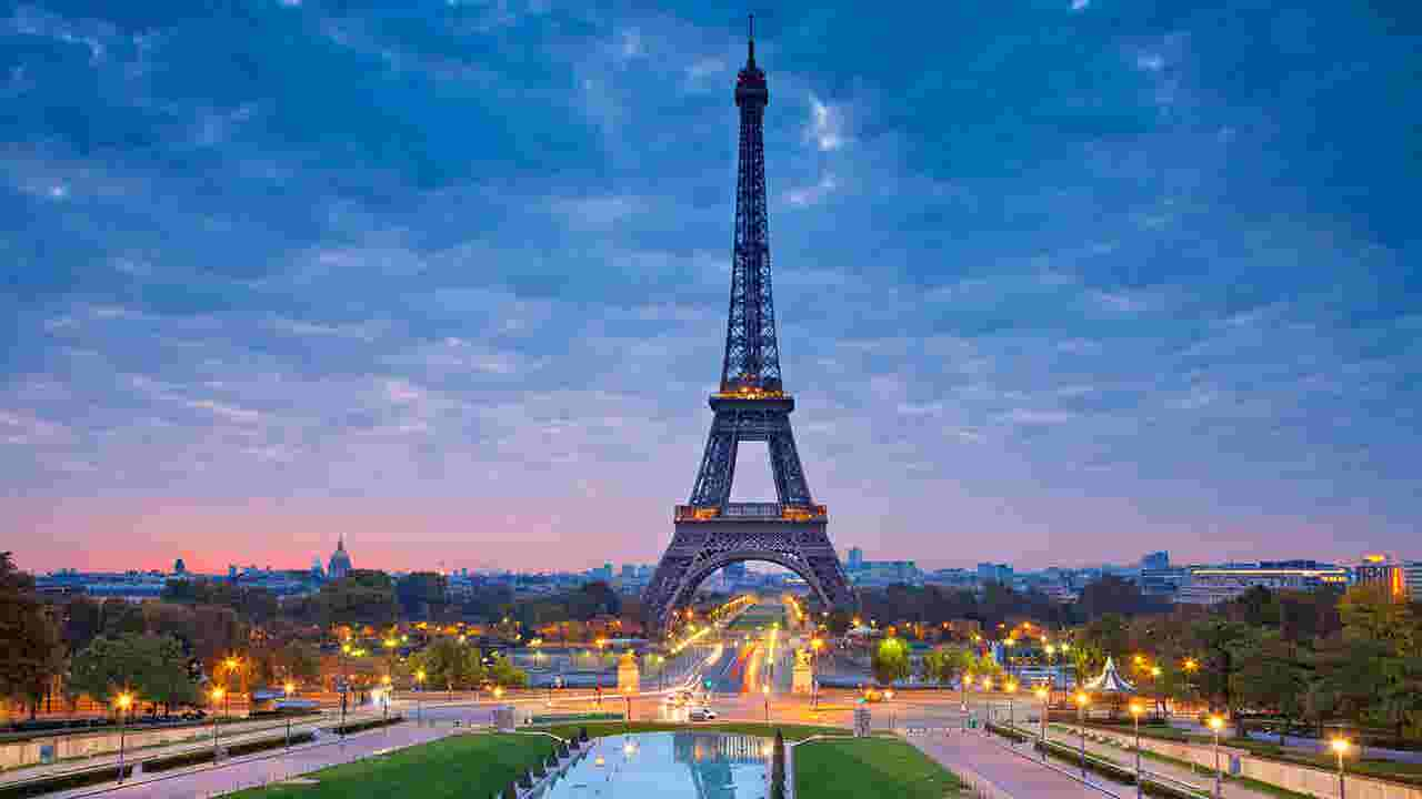 Eiffel Tower A More Popular Spot For Brits To Visit Than