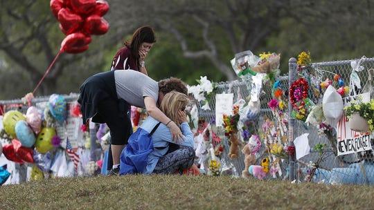 Parkland school shooting panel backs arming teachers, rips responding deputies
