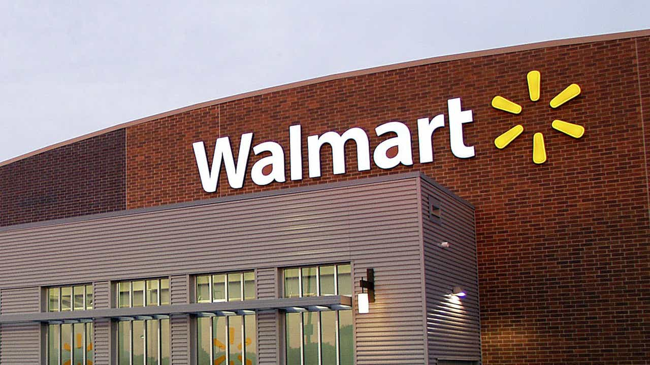 Walmart considers its own streaming service to take on Netflix