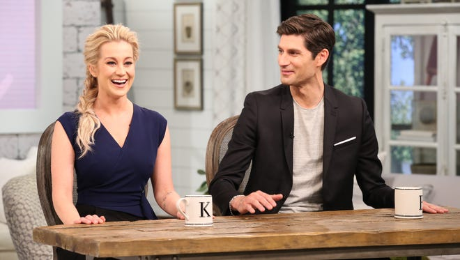 "Kellie Pickler and Ben Aaron host the new syndicated talk show ""Pickler & Ben."""