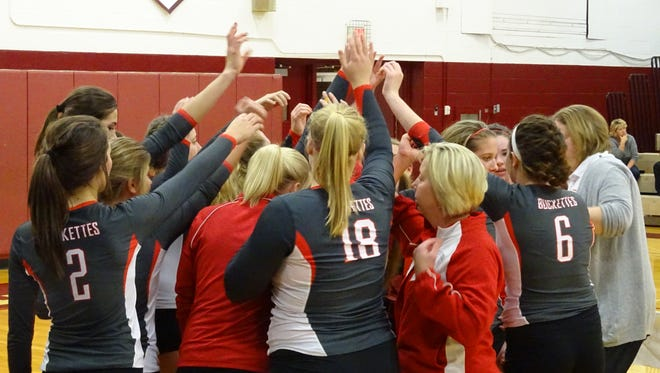Buckeye Central huddles together in the fourth game against Old Fort.