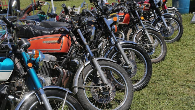 Motorcyclist take to the track at the Mid-Ohio Sports Car course this weekend for the annual Vintage Motorcycle Days.