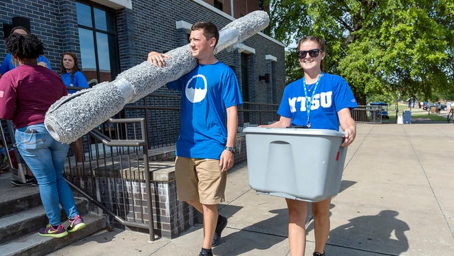 Mtsu Students Arrive On Campus Ready For New Start Even with everything that you'd think would work against him in his love life. mtsu students arrive on campus ready