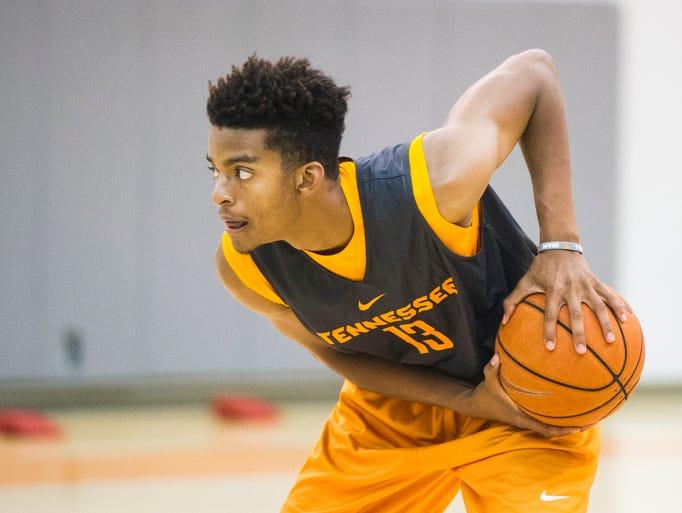 Photos: UT men's basketball practice Oct. 12, 2016