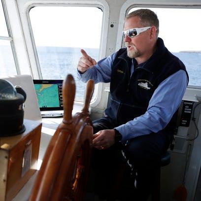 Capt. Joel Gunnlaugsson pilots a Washington Island