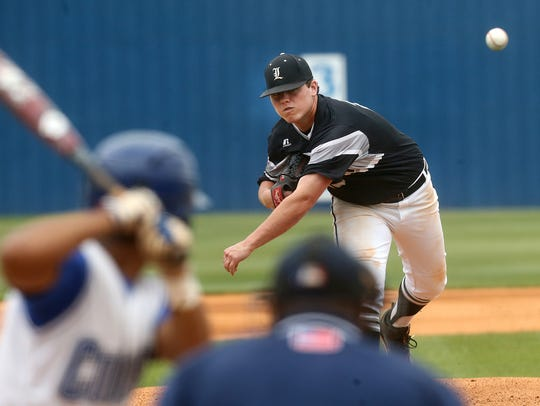 Loretto's Ryan Weathers pitches against Goodpasture