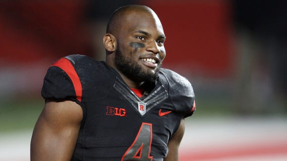 Rutgers wide receiver Leonte Carroo smiles during pregame warmups against Michigan State, October 10, 2015, in Piscataway, NJ.