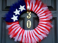 DIY: Make a Patriotic Wreath