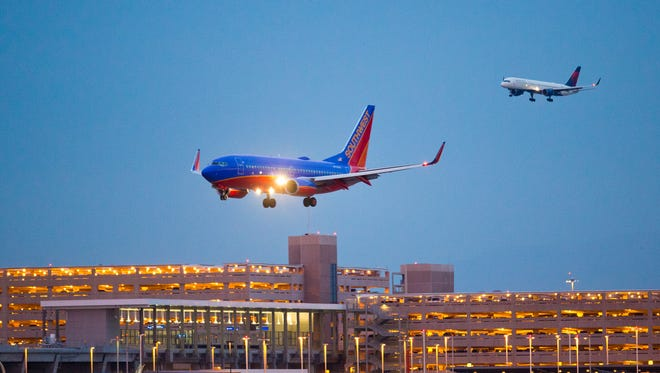 Southwest Airlines on Sunday will begin non-stop service between Phoenix and Dallas Love Field, its home base.