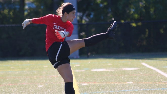 Goldens Bridge native and John Jay graduate Rachel Mizrahi, now a goalkeeper for Purchase College women's soccer team, was named to the Skyline Conference's weekly honor roll on Tuesday.