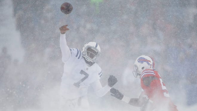 Indianapolis Colts quarterback Jacoby Brissett (7) drops back to pass to tight end Jack Doyle (84) against the Buffalo Bills in the third quarter at New Era Field in Orchard Park, N.Y., on Sunday, Dec. 10, 2017.