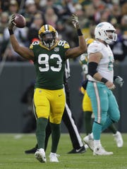 Green Bay Packers linebacker Reggie Gilbert (93) celebrates recovering a fumble in the first quarter against Miami Sunday, November 11, 2018, Lambeau Field in Green Bay, Wis.