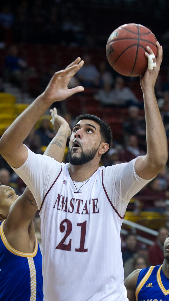 New Mexico State graduate transfer Tanveer Bhullar announced on Friday that he will play at Missouri State next season.