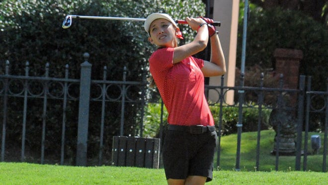 Huntingdon freshman Kelsey Spivey shot a 2-over 75 on Sunday to help lead the Hawks women to a program-record round of 309 in the first round of the MCC Invitational.