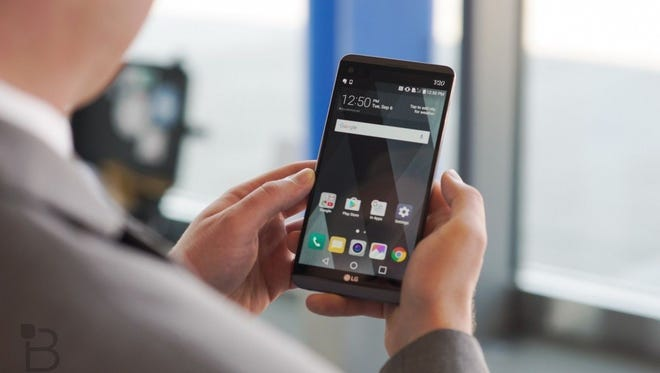 Easy ways to full erase your smartphone's data.