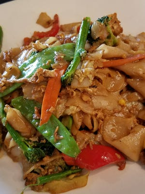 The Pad see eiw with tofu is a noodle lover's noodle dish.