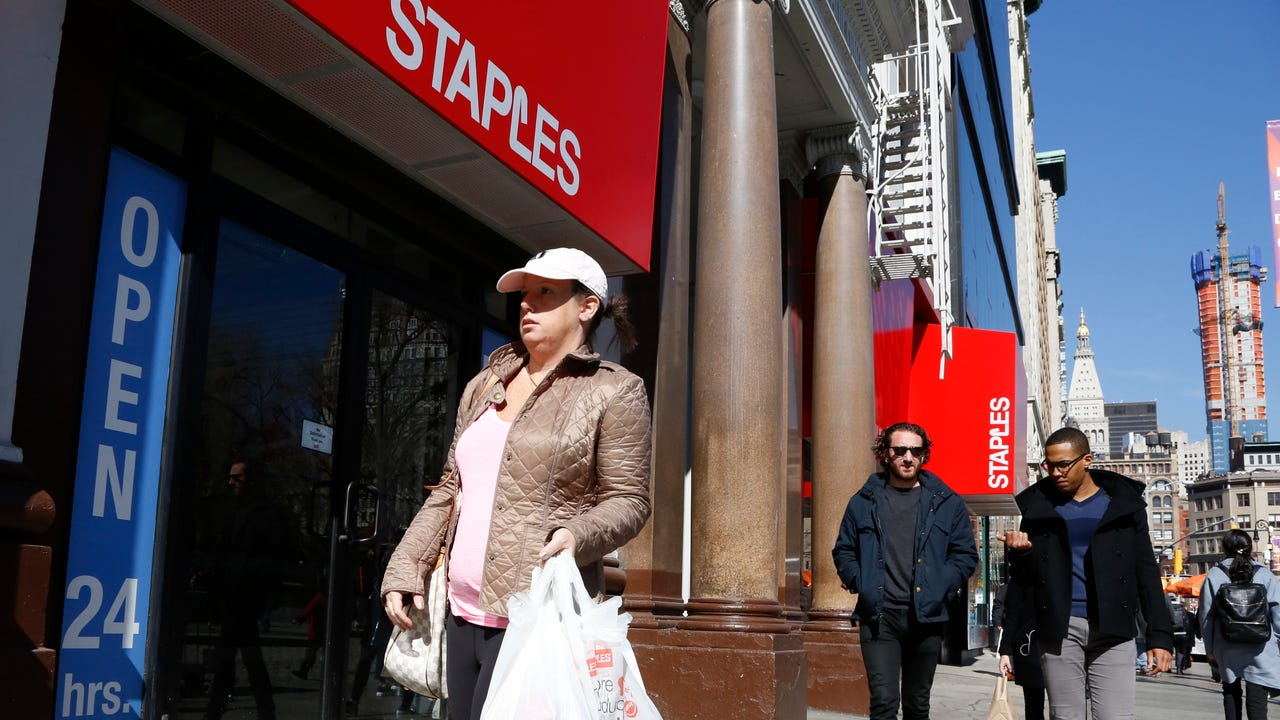 Shares of Staples Inc. and Office depot Inc. fell sharply as the companies abandoned their $6.3 billion merger after a federal judge sided with U.S. antitrust officials.