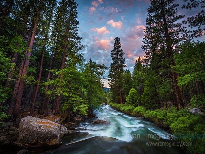 The Kings River rushes through Zumwalt Meadow at dawn