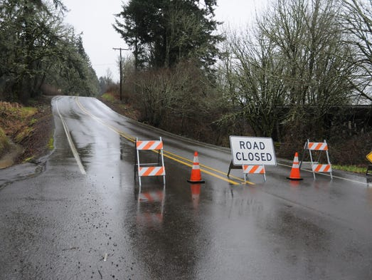One lane open on Highway 101 south of Cannon Beach