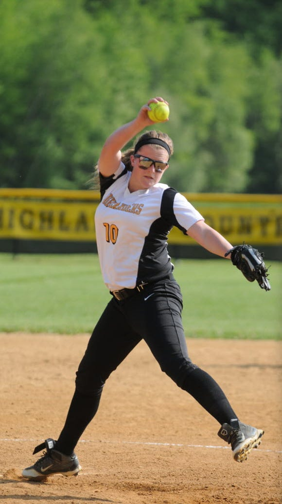 West Milford junior Jessica Perucki moves from third