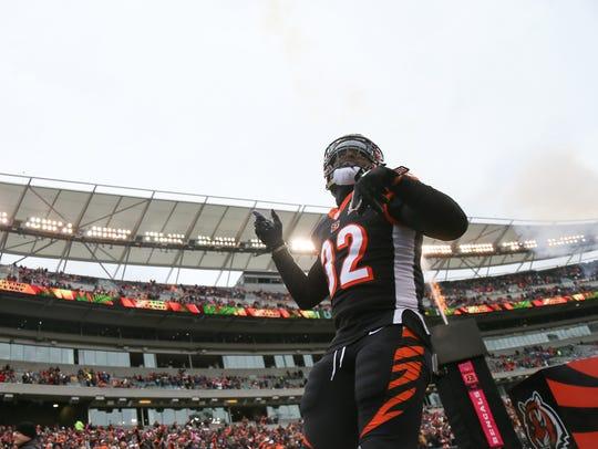Cincinnati Bengals running back Jeremy Hill (32) is
