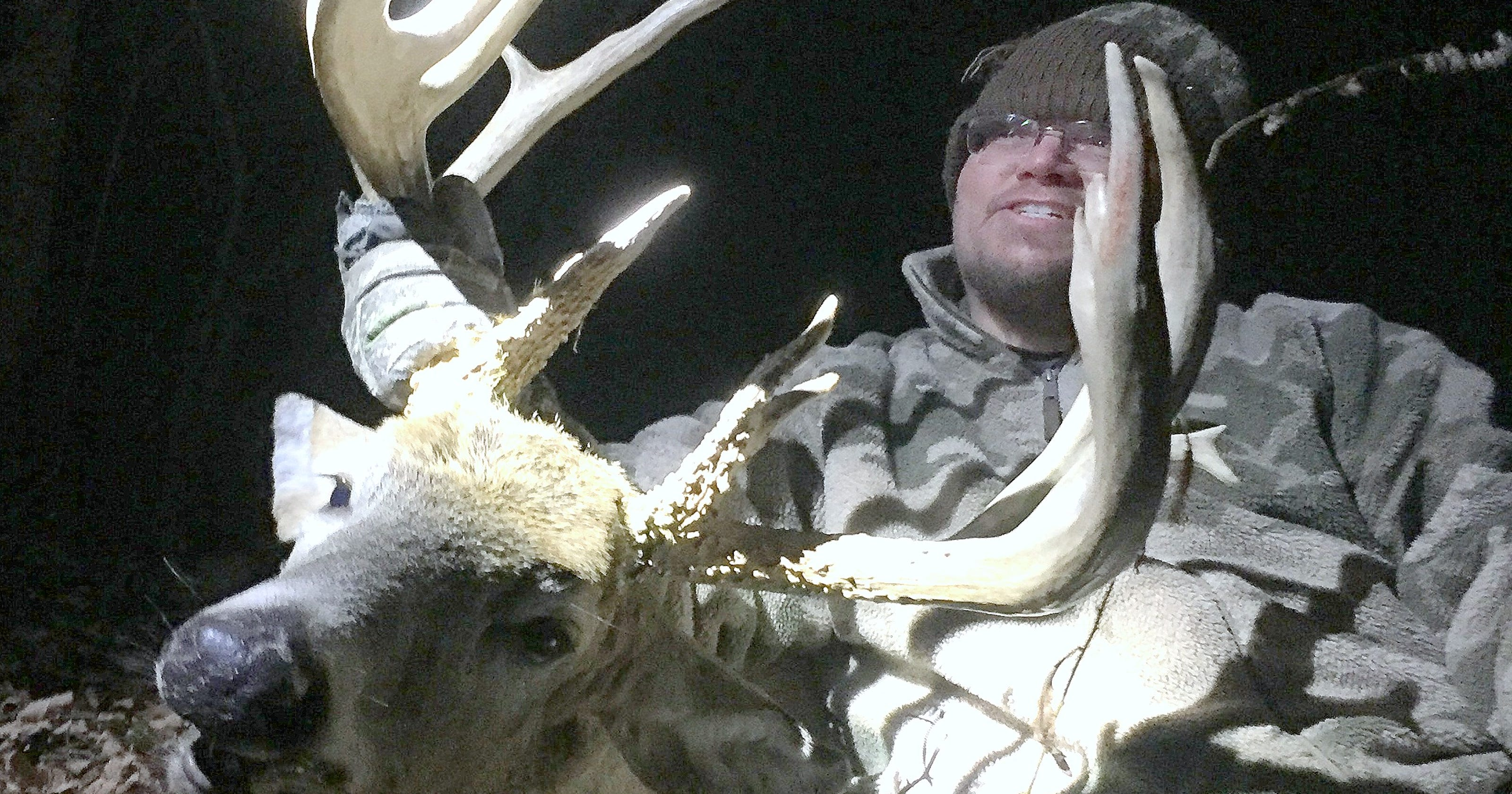 Pennsylvania hunter shoots monster 20-point buck with crossbow